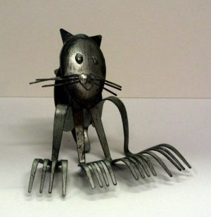 Metal art cat sculpture