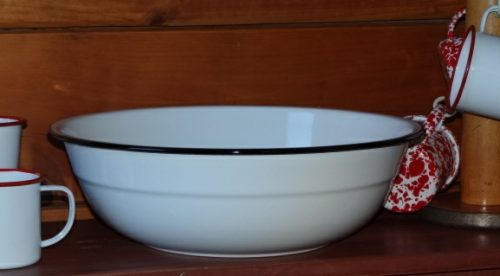 Enamelware medium basin vintage white