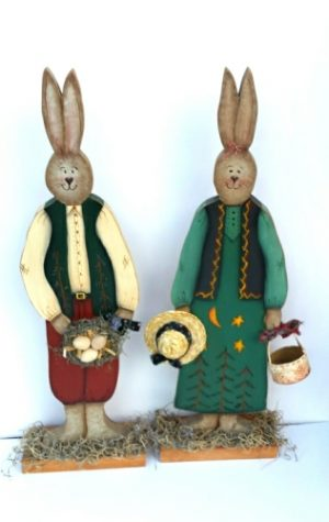 wooden bunny couple